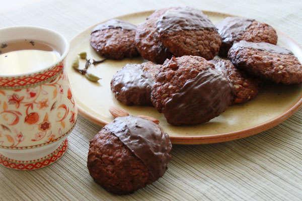 Шоколадные пряники с цукатами