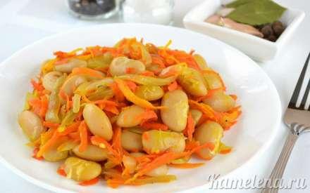 Фасоль с морковью и луком