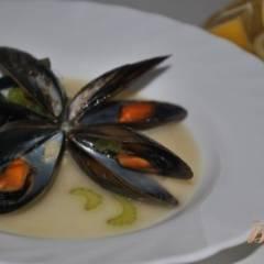 Мидии в соусе