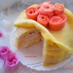 фото рецепта Блинный торт с манго и сметанным кремом