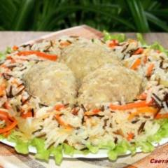 Мини-зразы с сырной начинкой с рисом и овощами