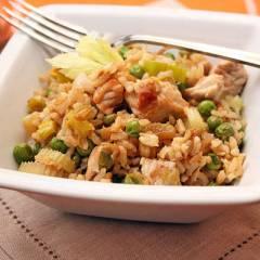 фото рецепта Коричневый рис с индейкой и овощами