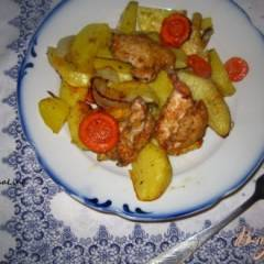 Запеченный картофель с курицей со специями