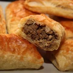 фото рецепта Слоеные пирожки с мясом