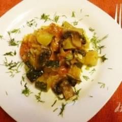 Гарнир из кабачков с овощами