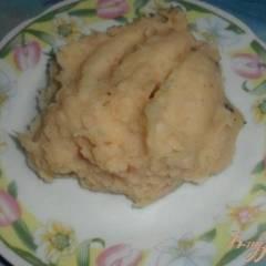 Картофельное пюре с луком и мускатным орехом