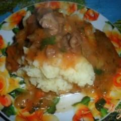 Подлива с свиной мякотью на сковороде