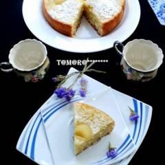 Яблочно-кокосовый пирог из мультиварки