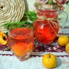 фото рецепта Компот из японского лимонника со смородиной