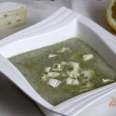 фото рецепта Суп-пюре со шпинатом и голубым сыром