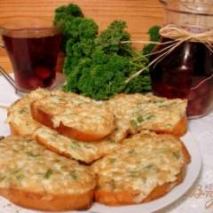 Луково-яичные бутерброды