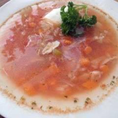 фото рецепта Томатный суп из курицы с луком-пореем