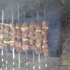фото рецепта Свиной шашлык в маринаде из яблочного уксуса