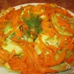 Кабачки в кляре с чесноком и морковью