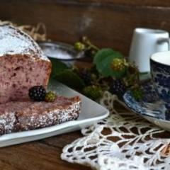 Ежевичный кекс на оливковом масле