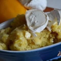 Давленый картофель с козьим сыром