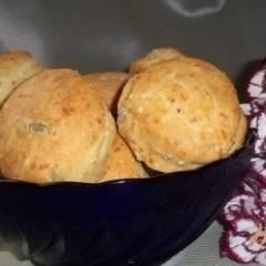 Кукурузно-пшеничное печенье с сыром и семечками