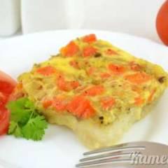 Рыба, запеченная с морковью и луком