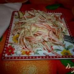 Салат из зеленой редьки с морковью и капустой