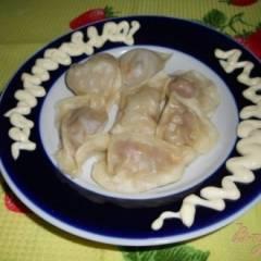 Пельмени с мясом и капустой на пару