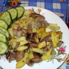 Жареная картошечка с лесными грибами