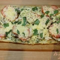 Пицца на слоеном тесто с отварной говядиной