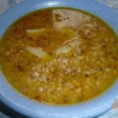 Густой гречневый суп на курином бульоне