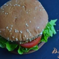 фото рецепта Бургер с томатом и моцареллой