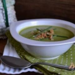 Суп-пюре из горошка с каштанами