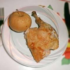 фото рецепта Утка с яблоками, запеченная в рукаве