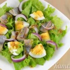 Салат из селедки и яиц