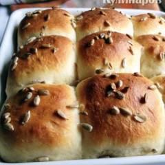 фото рецепта Пышные булочки на кислом молоке