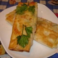 фото рецепта Лаваш с сыром и колбасой на сковороде