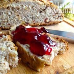 Хлеб с финиками и грецкими орехами