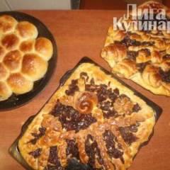 фото рецепта Сладкие пироги из дрожжевого теста