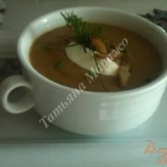 Крем-суп из каштанов и гусиной печени