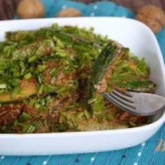 Цуккини под  ореховым соусом