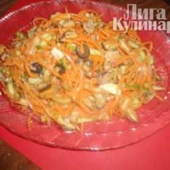 Салат из морепродуктов с корейской морковью