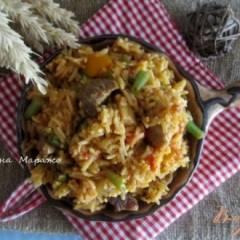 Рис со свининой и зеленой фасолью