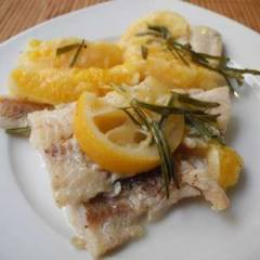 фото рецепта Рыба с розмарином и апельсином