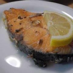 фото рецепта Лосось жареный с лимоном