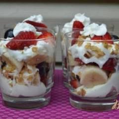 фото рецепта Парфе из свежих ягод и фруктов