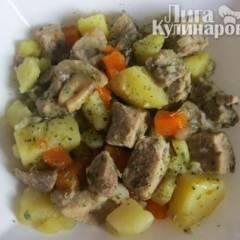 Жаркое из свинины с картофелем  по-домашнему