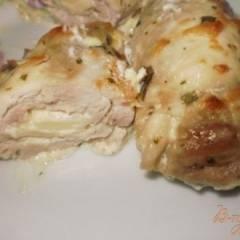 Куриные  рулетики в сливочно-сырном соусе