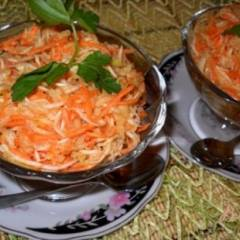 Салат из корня сельдерея с морковью и яблоком