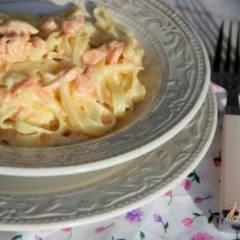 Паста с копчёным лососем в сливочном соусе