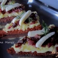 фото рецепта Закуска на пряничных тостах