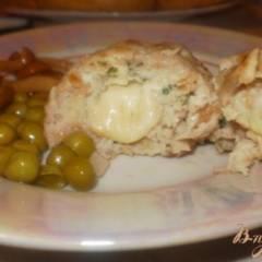 Куриные котлеты с начинкой из сыра