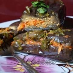 Квашенные баклажаны с чесноком и морковью