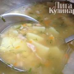 Гороховый суп на ребрышках